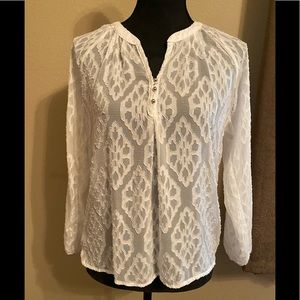 MIAMI stunning Lg SL lacy blouse. Cream/XS. NWT!